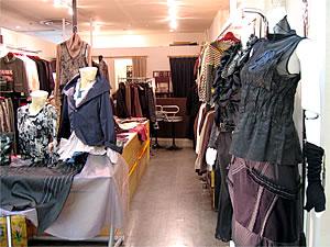 八戸市:衣類・アパレル/ルイ[婦人服]